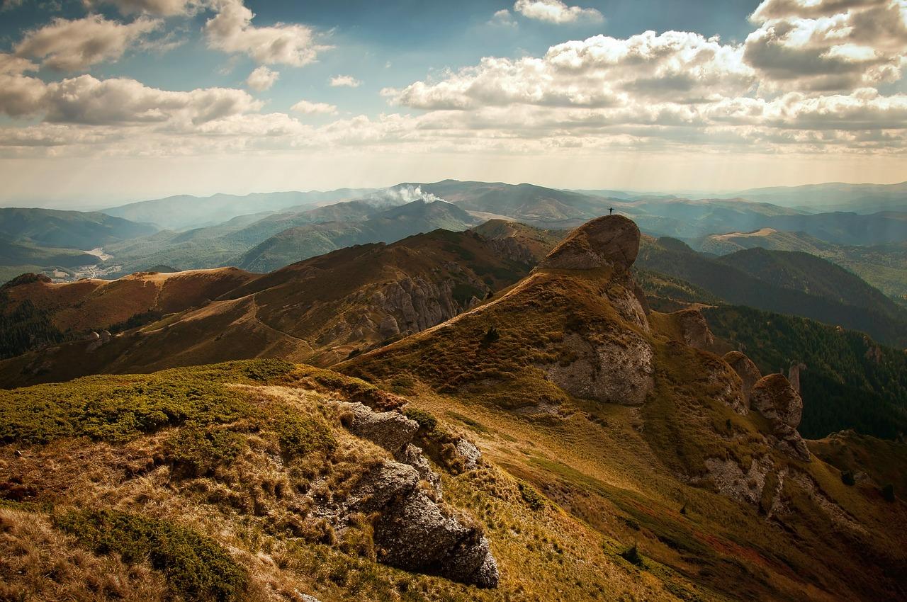 mountains-480471_1280